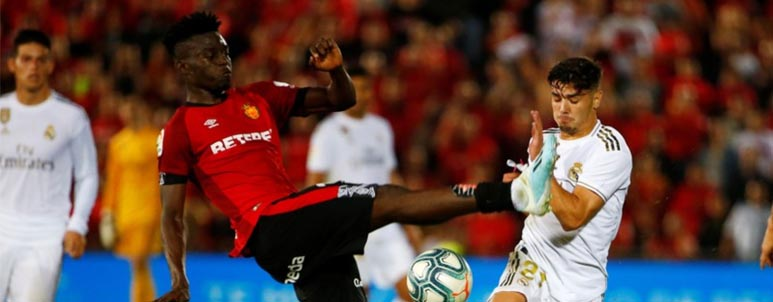 Real Mallorca versus Real Madrid - IDNSPORTSLIGA.COM